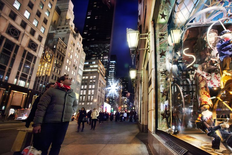 The window displays on Fifth Avenue.