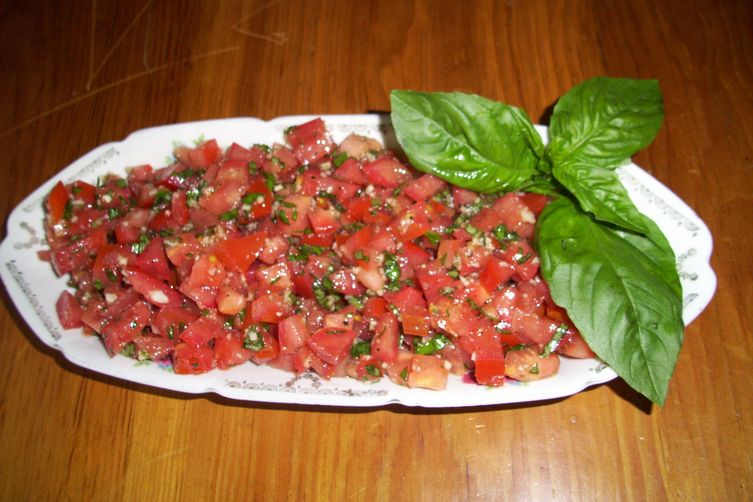 Tomato and basil topping