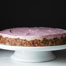 Raw, Vegan Strawberry Vanilla Cheesecake