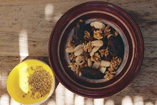 Nutty pastries with cinnamon and fennel seeds