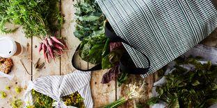 0f1244d7 1c92 4b7f 9339 10fa5b5dddda  2017 0410 chilewich farmers market tote carousel bobbi lin 0037