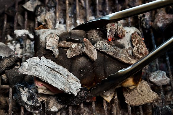 ... to Make Salt-Crusted Beef Tenderloin Grilled in Cloth (Lomo al Trapo