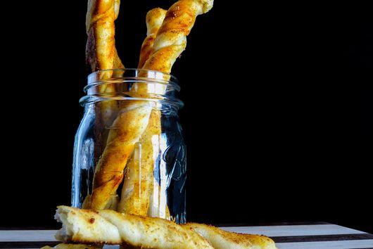 Garlic Brad Sticks with Garlic Infused Olive Oil