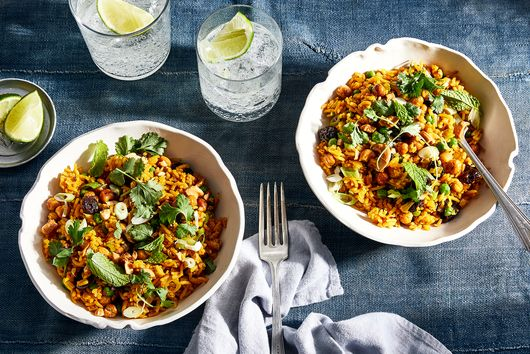 Rice Pilaf With Crispy Chickpeas & Cashews