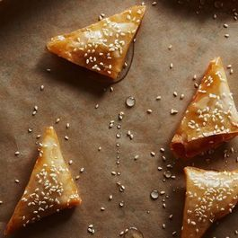These Middle Eastern Pastries Get Fried, Not Baked