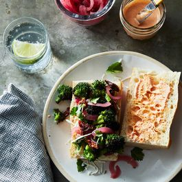 Ad76b8f2 f239 437b b916 61828a917297  2017 0221 garlicky broccoli sandwich james ransom 282