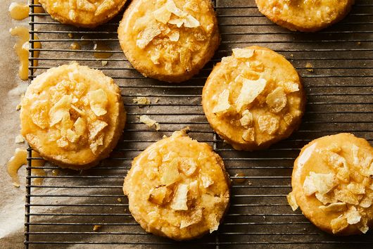 Salty, Sweet Honey-Butter Shortbread Cookies As Addictive As Potato Chips