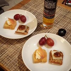 Argan Oil Crostini Duo - Manchego&Fig - Ricotta&Salmon
