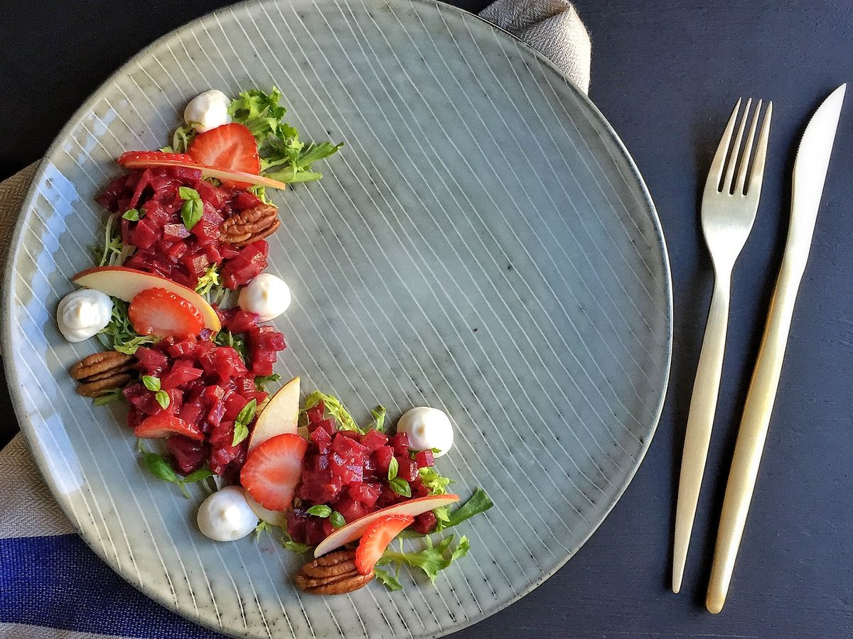 Beet Tartare, Whipped Goat Cheese and Roasted Strawberry & Balsamic ...