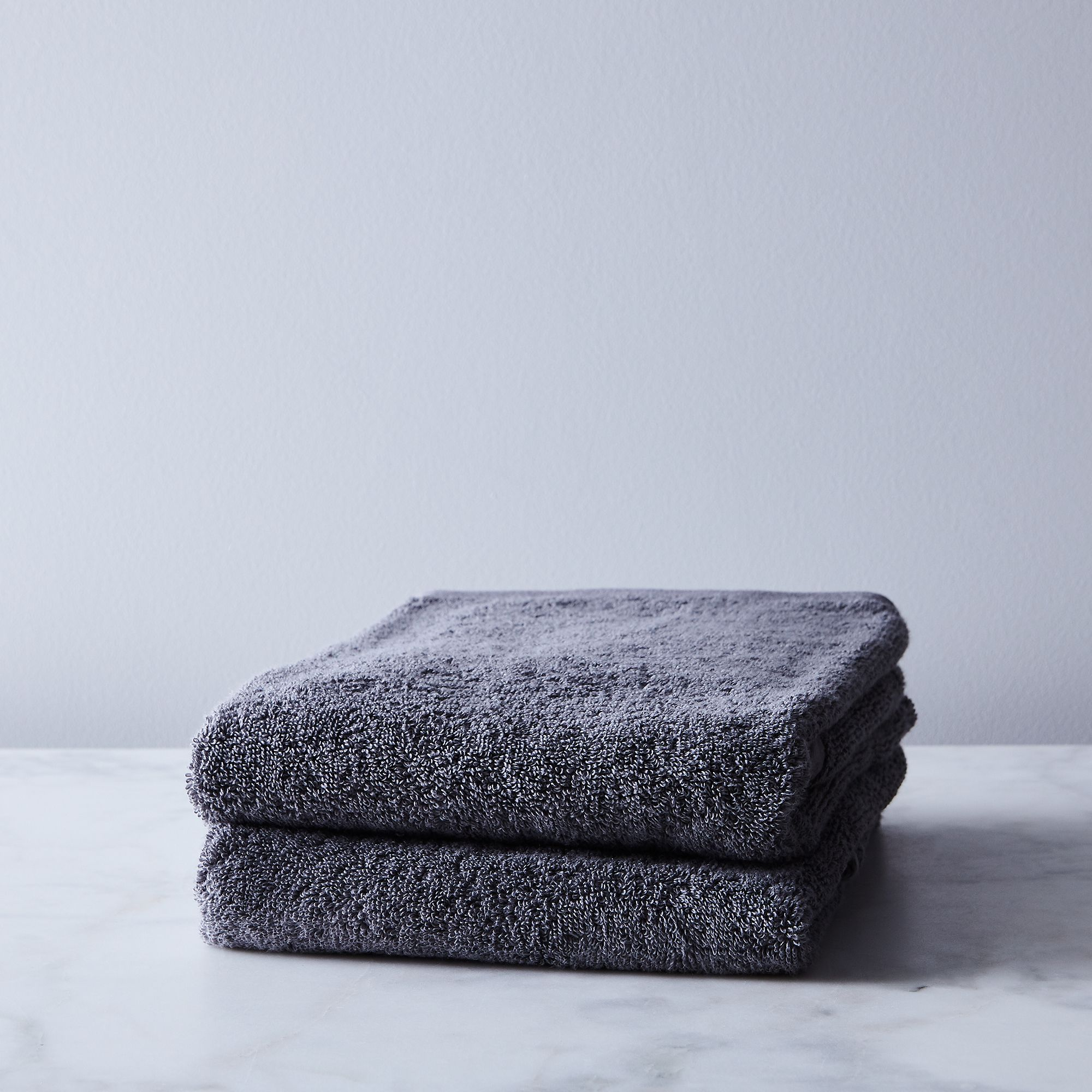 B58323fd 2efc 4111 99a8 972286b23bf3  2017 0926 snowe home soft cotton towels hand towel set of 2 charcoal grey silo rocky luten 008