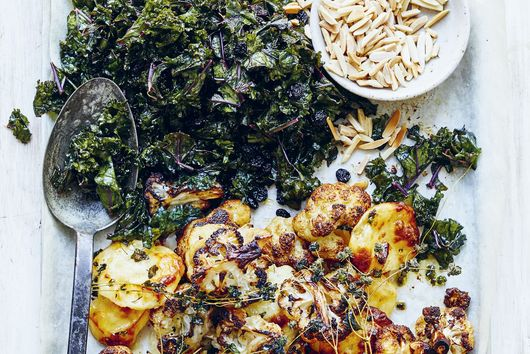 Donna Hay's Pummelled Kale with Golden Cauliflower & Haloumi Croutons