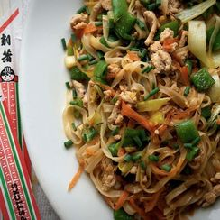 How to Make Any Stir-Fried Noodles in 6 Steps