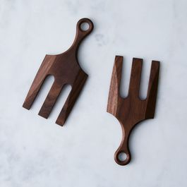 Walnut Salad Claws