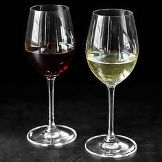 A Medieval Trick for Turning White Wine into Red
