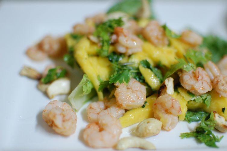 Vietnamese Mango Salad