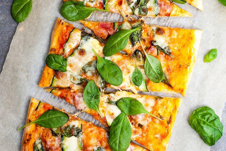 Spinach & Zucchini Pizza