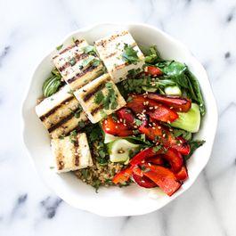 E9fcb6f3 cfd7 4e4d b8b7 b093d5f44a79  grileld veggie and soy sauce quinoa bowl