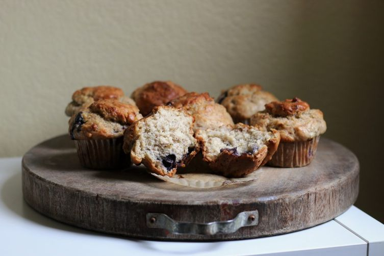 Vegan Bakery-Style Blueberry Muffins