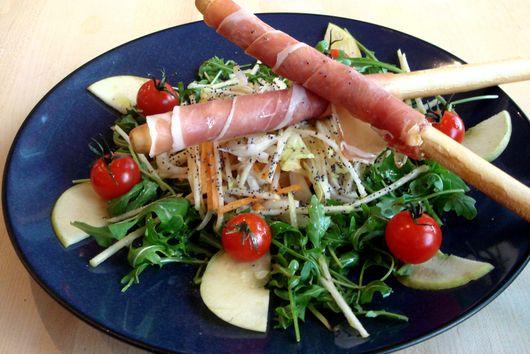Apple and Prosciutto Salad