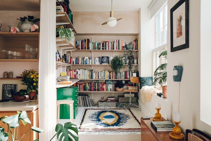 "Catherine likes oversized, geometric accents—""anything that looks like a spaceship."""