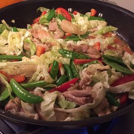 Quick chicken and summer vegetables stir fry