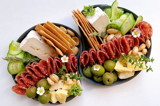 Tiny Cheese Plates Are *The* No-Cook Summer Dinner