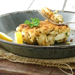 76854062 9903 4743 8a44 c4eddab7feb7  northern neck crab cakes