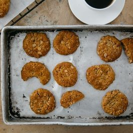 F1849bc9 06f7 4476 b720 0e46c547c85b  4b003dea 7f7f 4450 89cc 74bd927596e1.anzac biscuits what to cook 49