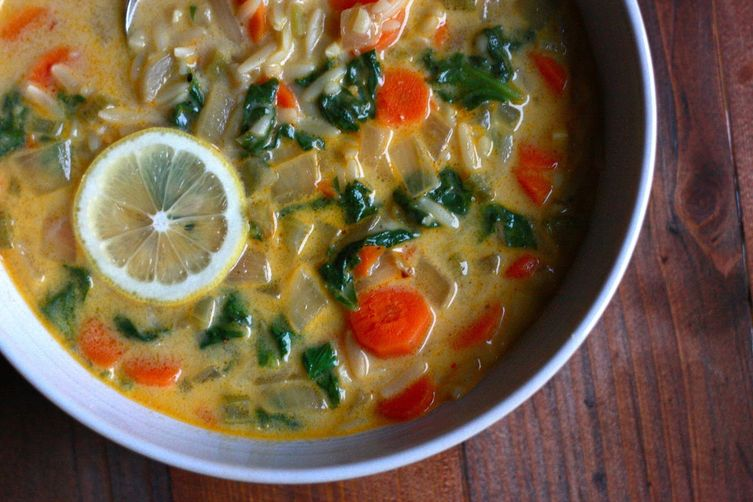 Lemon and Spinach Orzo Soup
