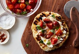 5b9f191e a7db 48c0 8128 7c527755a5be  2016 0822 speedy romeo s grilled pizza with marinated tomatoes and ricotta mark weinberg 173