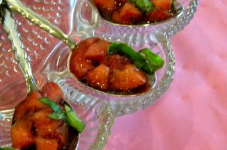 3e222a28-5afb-487c-ae51-965f587ec081.strawberry_basil_salad