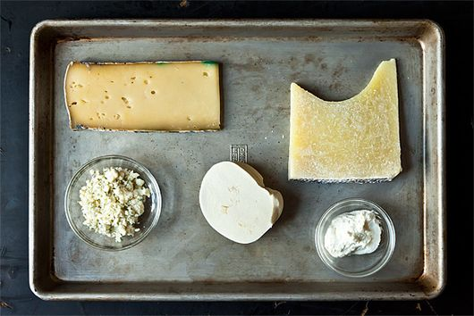 5 Links to Read Before Cooking with Cheese