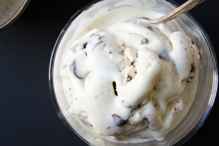 cool mint cookie chip ice cream