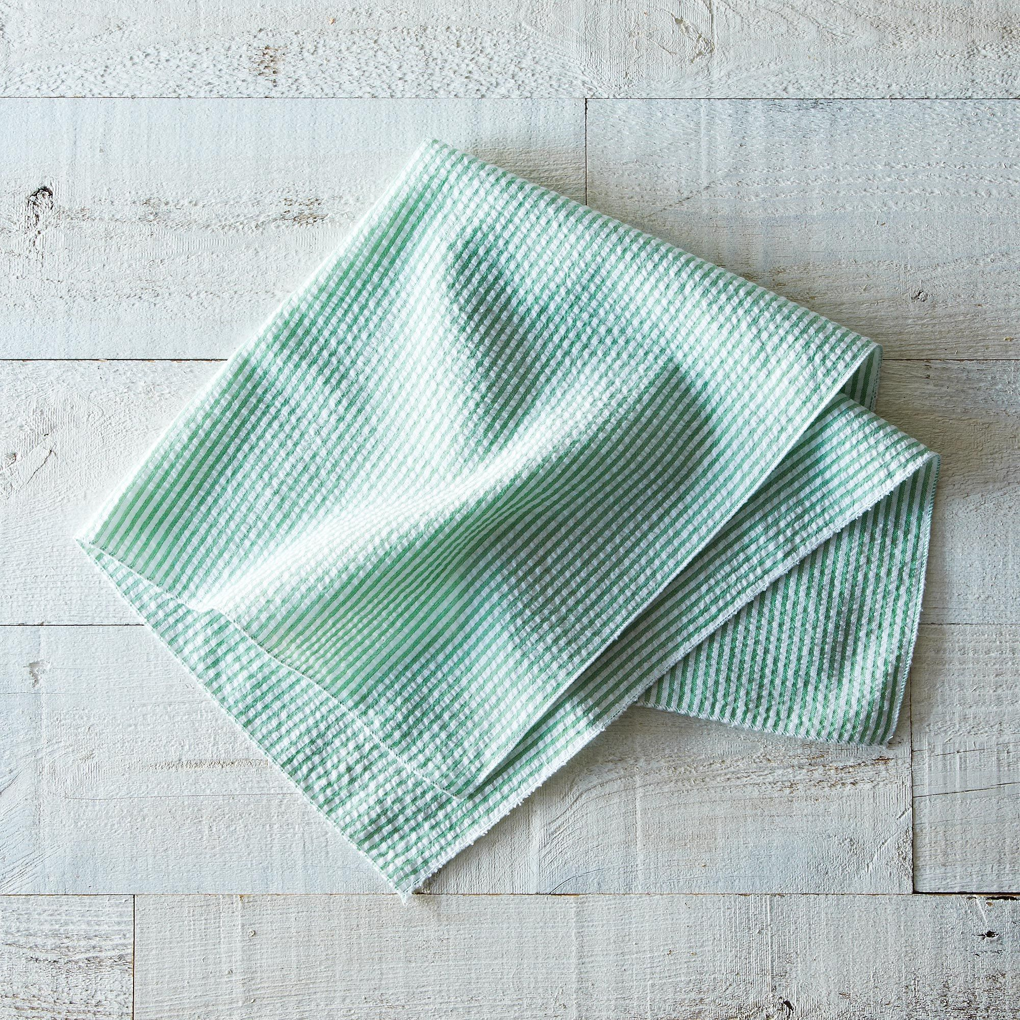 D755bf9a dc19 49c0 a671 858ec80fd125  2013 0529 dot and army 4 seersucker napkins green open 004