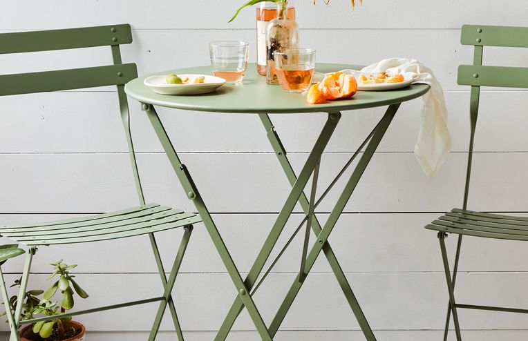 The Outdoor Bistro Set That Makes My Patio Feel Like a Paris Cafe