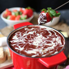 Healthy Red Velvet Fondue for Valentine's Day