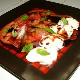 Ea09a4a5-6ab3-4e85-9dd6-04f7b8f4c16d.heirloom_tomatoes_salad_copy