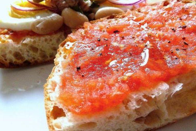 Maltese Tomato and Tuna Sandwich