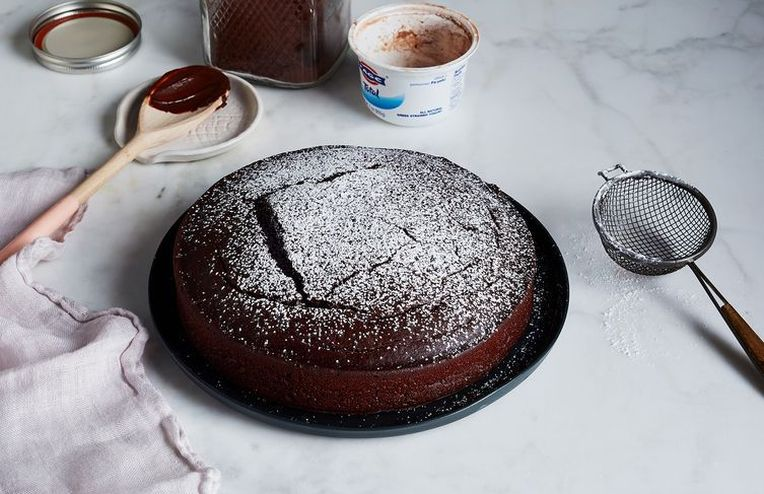 Watch This No-Measure Chocolate Cake Come to Life