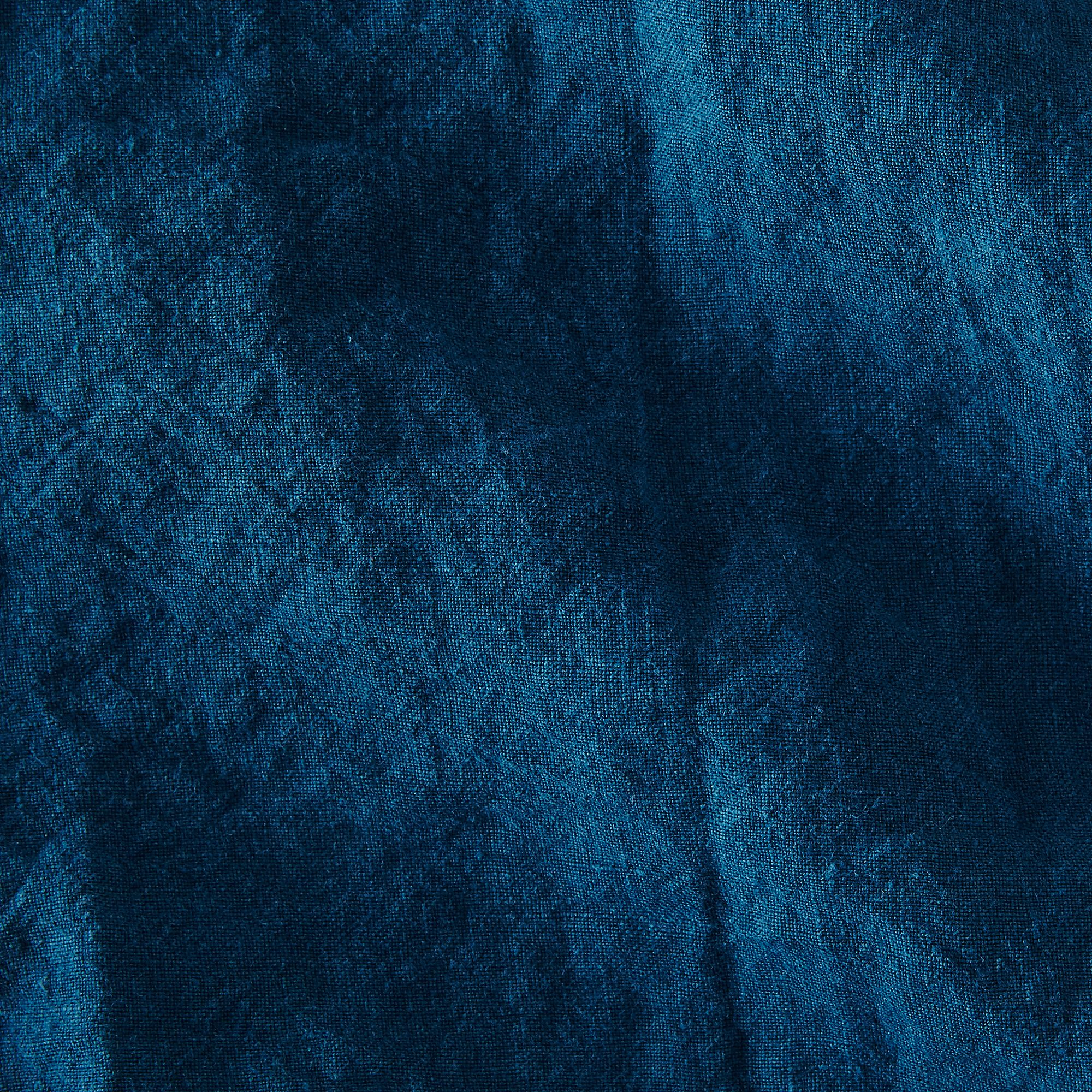 F3b48810 ad47 4931 afb3 e0c6fcdc37aa  2016 0513 hawkins new york stonewashed linen napkins set of 4 peacock silo rocky luten 001