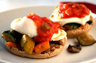 Bffd7d8b e20f 47ba bd16 b374adf1b6f7  vegetable eggs benedict0001