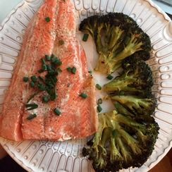 Roasted Sockeye Salmon with Crispy Broccoli + Sriracha Aoli