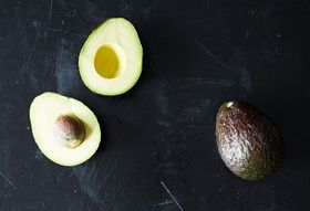 How to Keep an Avocado from Browning