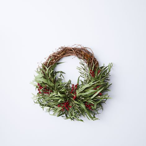 Canella Berry Half Wreath