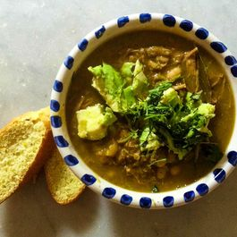 Chile Verde Con Cerdo y Frijoles Blancos (Green Chili with Pork & White Beans)