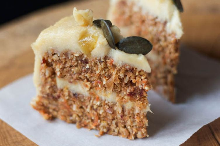 Raw Carrot Cake with Lemon Cashew Cream
