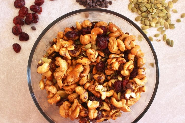Maple Roasted Cashew Trail Mix