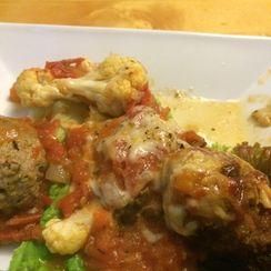 Chicken meatballs cauliflower bake