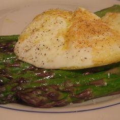 Roasted asparagus and a fried egg