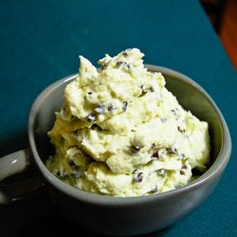 Mint Chocolate Chip Frozen Yogurt